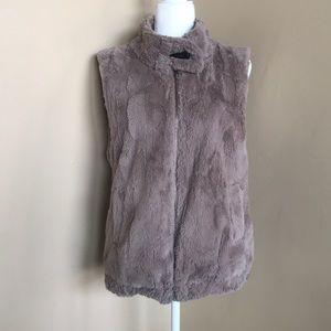 {Sanctuary} Faux Fur Vest. Size Medium. EUC.
